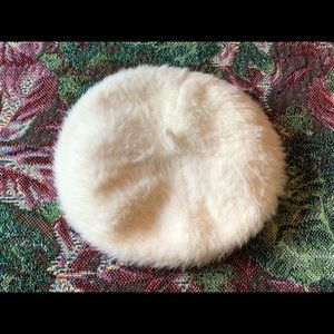 "white ""French"" beret"